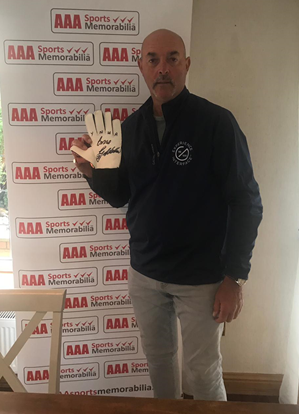 Bruce Grobbelaar Hand Signed Goalkeepers Glove in Classic Deluxe Frame