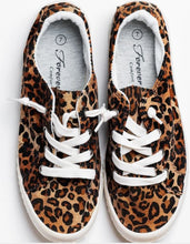 Load image into Gallery viewer, Leopard Sneakers