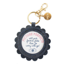 Load image into Gallery viewer, Picture Perfect Scalloped Keychain