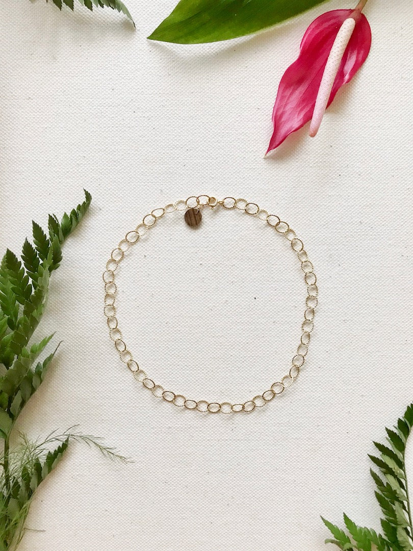 Textured Oval Choker