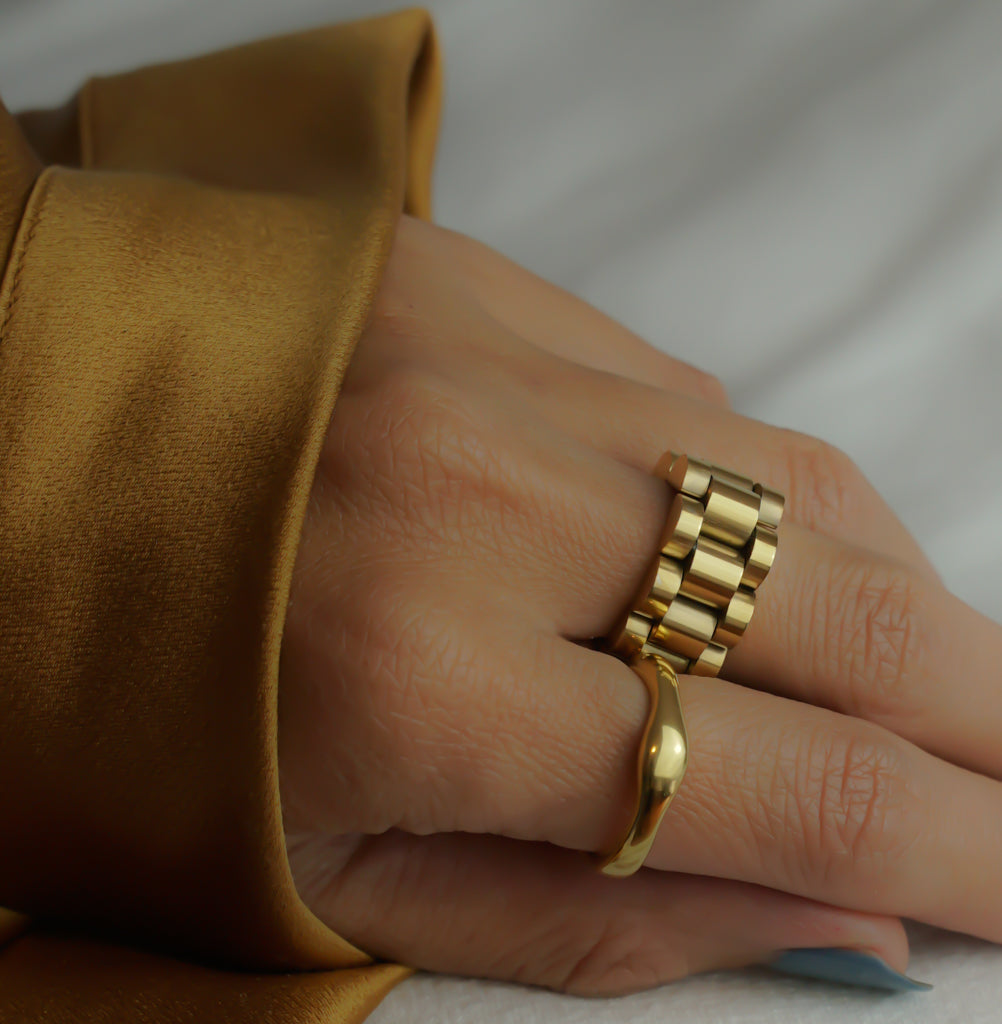 Rollie Band Ring