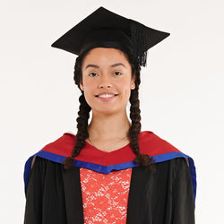 University of Bedfordshire Bachelors Graduation Set (Hire)
