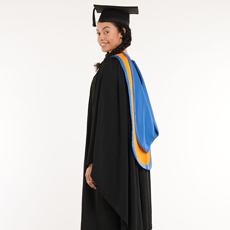 Grimsby Institute Bachelors Graduation Set (Hire)