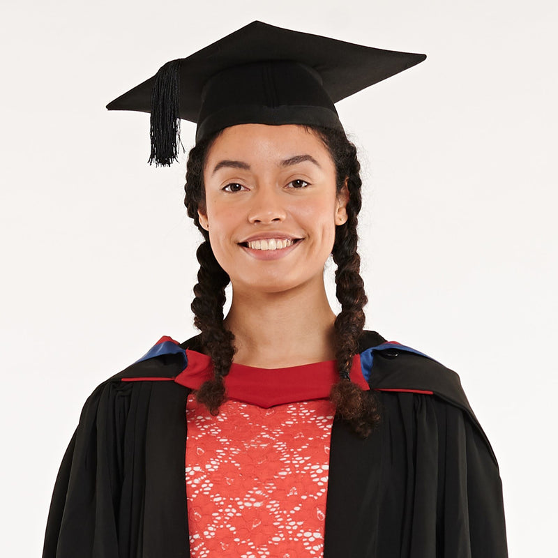 Middlesex University Bachelors Graduation Set (Hire)