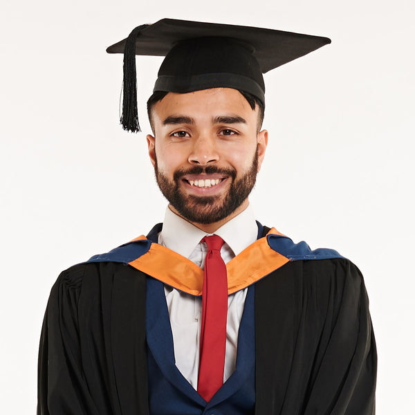 Plymouth University Bachelors Graduation Set