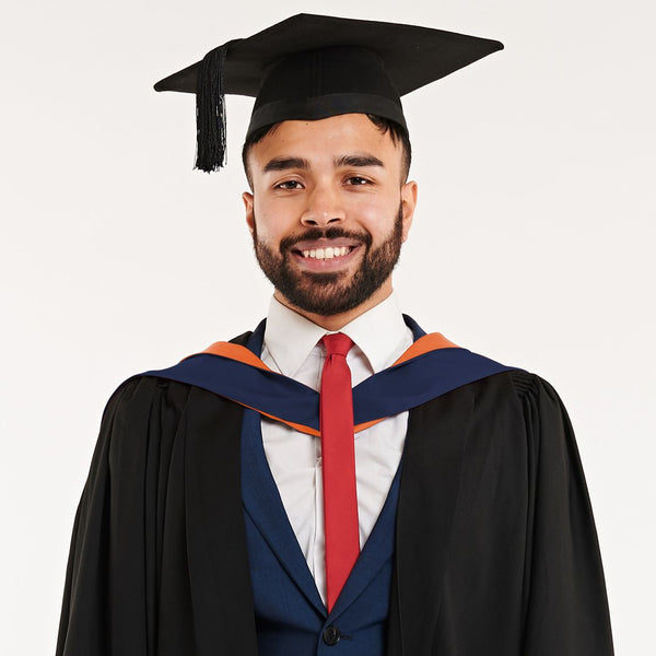 Sunderland University Bachelors Graduation Set