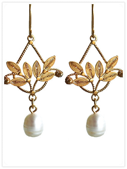 Gold Filigree and Pearl Earrings