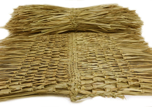 "Mexican Tiki Palm Thatch Ridge Cap Roll 30""x 3' - Palapa Umbrella Thatch Company Online"