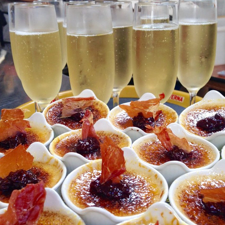 The Cheese School of San Francisco catering champagne with appetizer