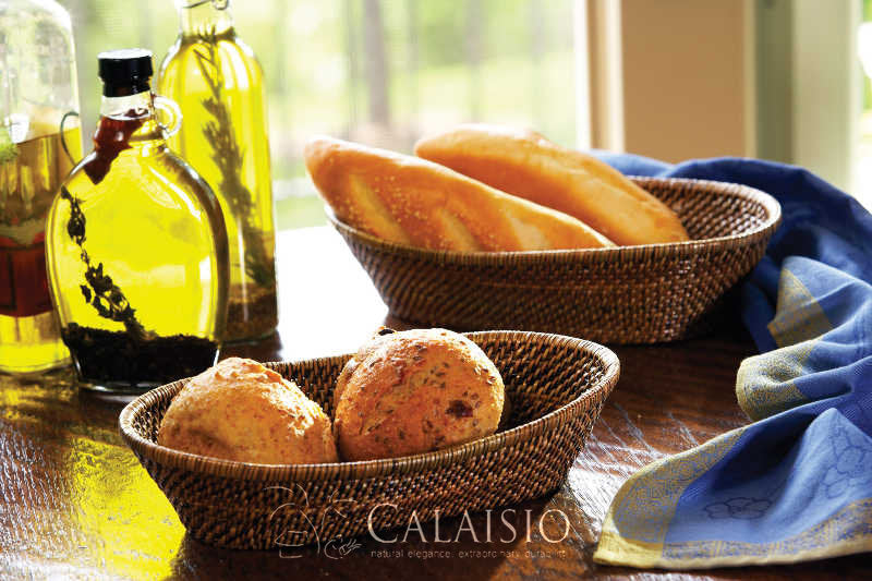 Oval Breadbasket with Tubes