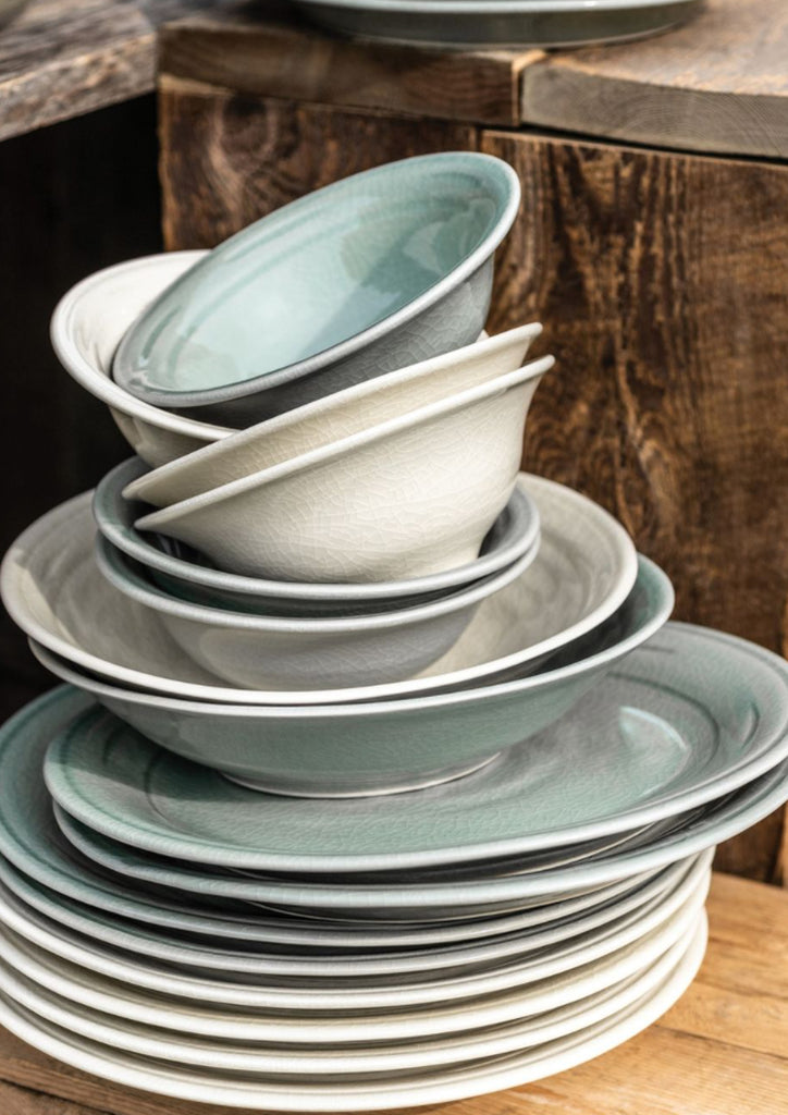 Belmont Dinnerware in Crackle Ivory