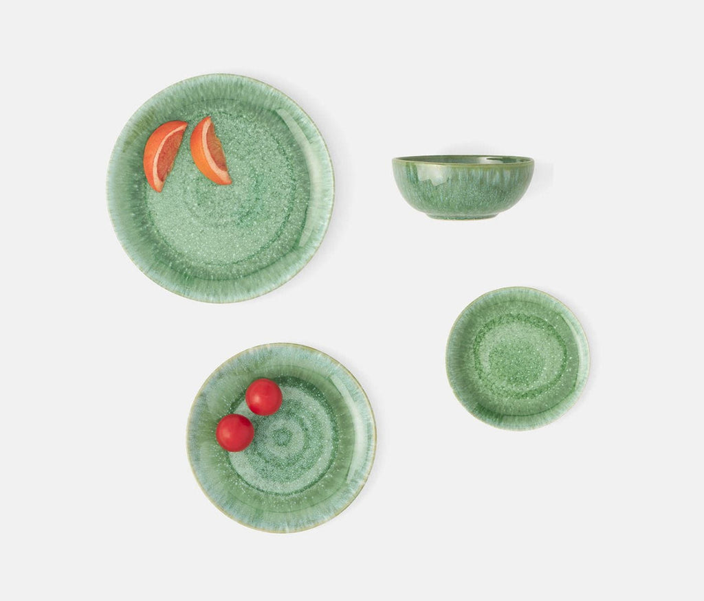 Eloise Dinnerware Collection