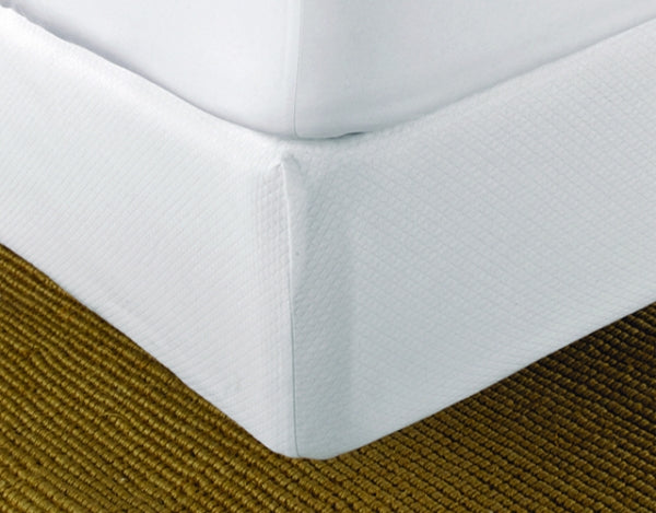 Matouk Diamond Pique Box Spring Cover