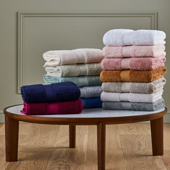 Etoile Bath Towel Collection
