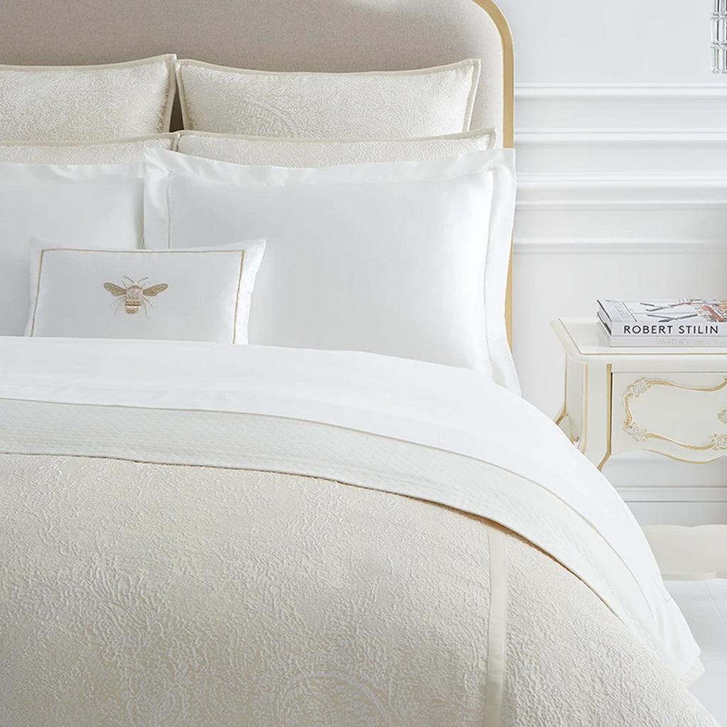 Giza 45 Seta Bedding Collection