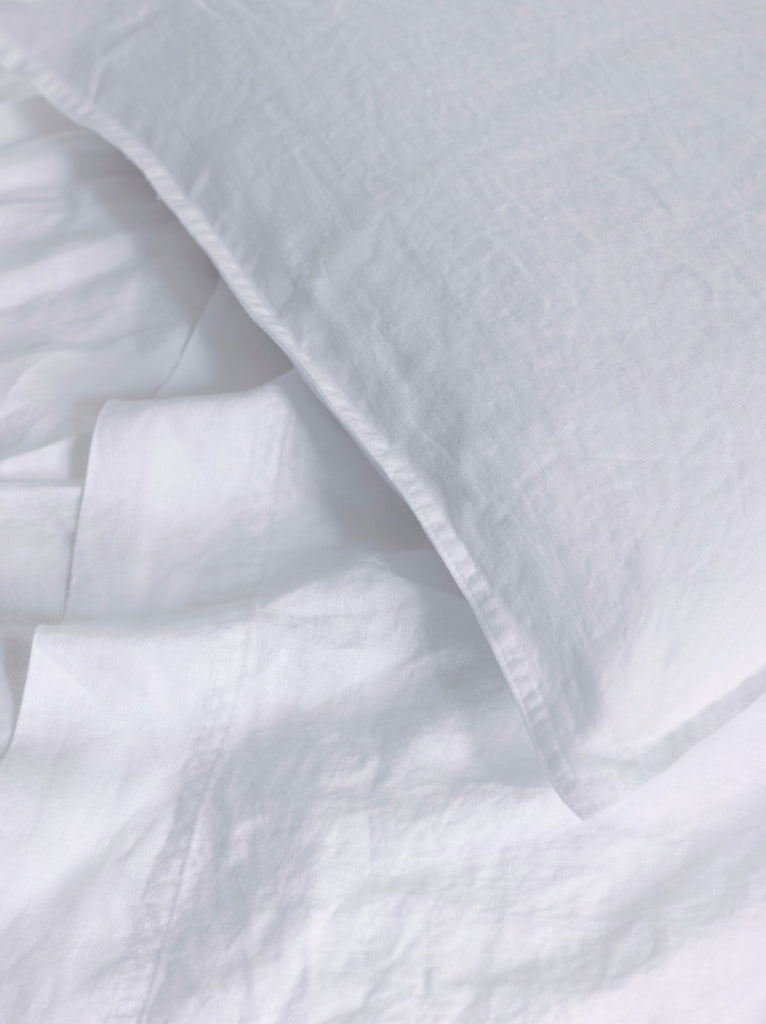 Yves Delorme Originel Linen Bedding Collection White