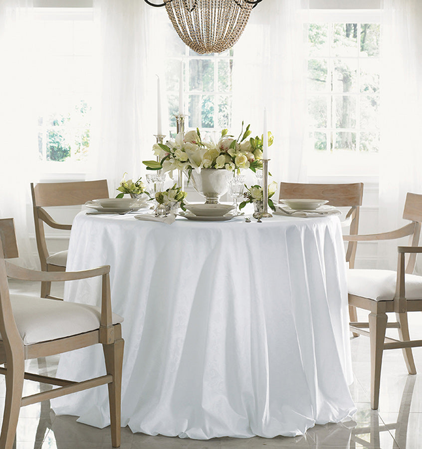 Sferra Acanthus Table Linens