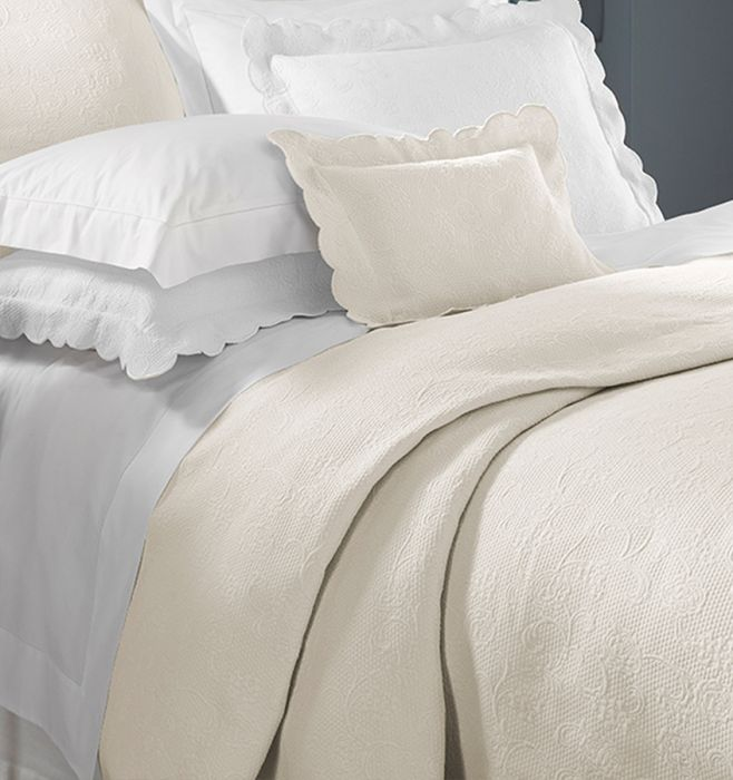Alice Matelassé Bedding Collection