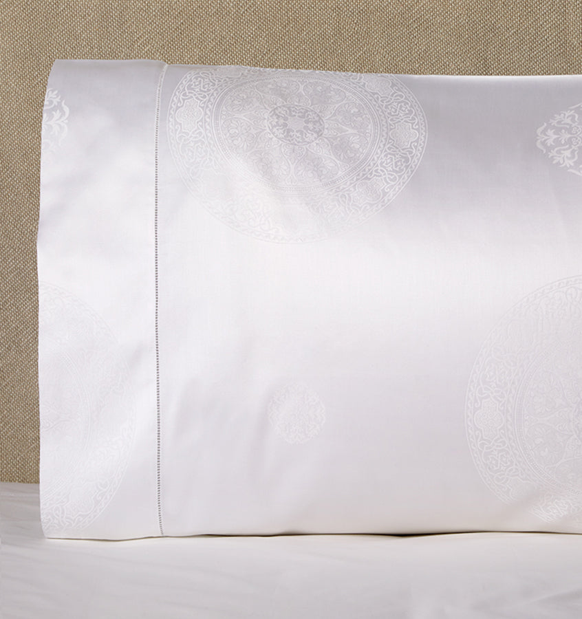 Sferra Giza 45 Medallion Pillowcase pair
