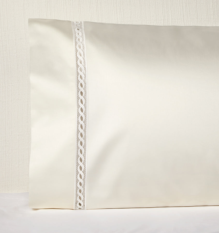 Sferra Millesimo Pillowcase Pair