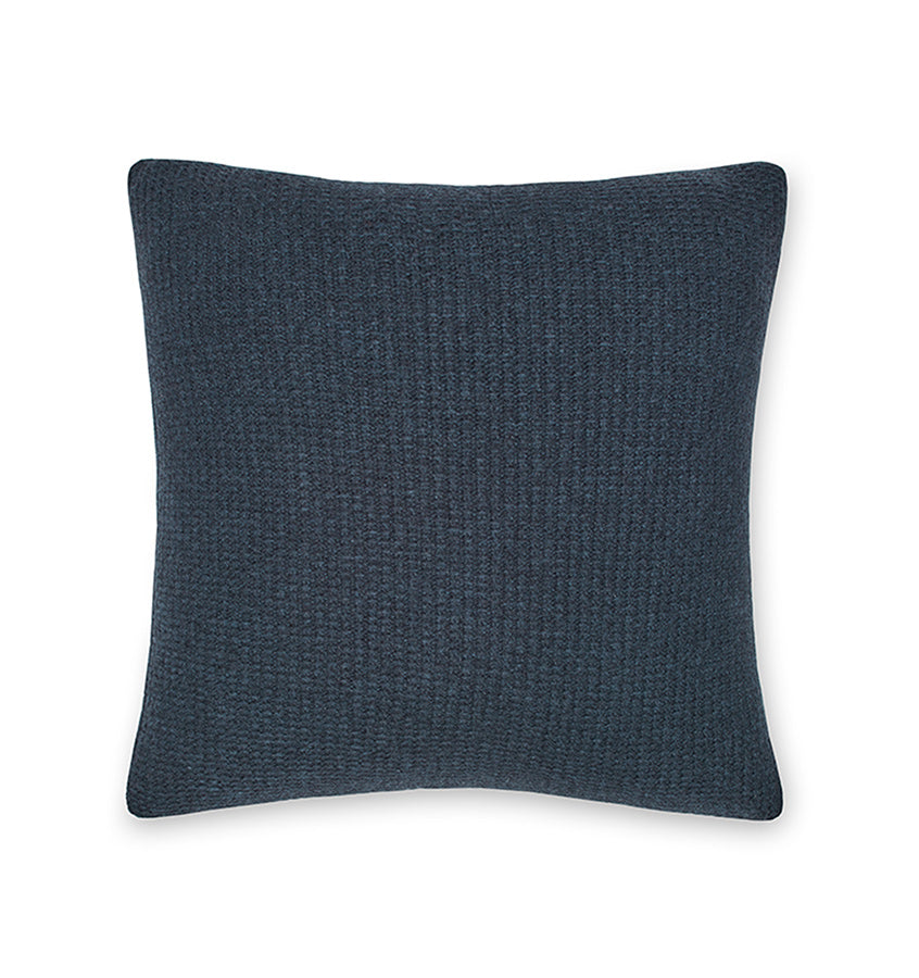 Pettra Lambswool Knit Throw & Decorative Pillow