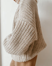 Load image into Gallery viewer, 'Oat Fleck' Chunky Knit