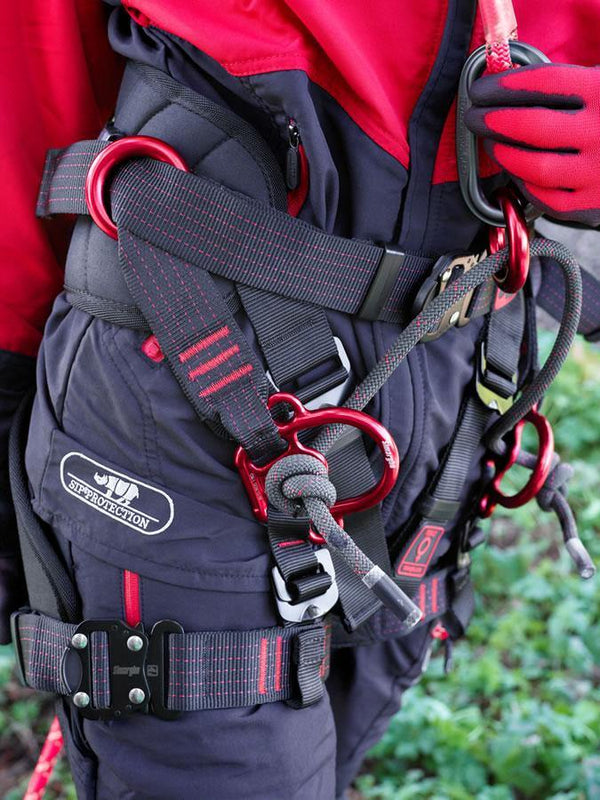 Simarghu Gemini Tree climbing harness in action