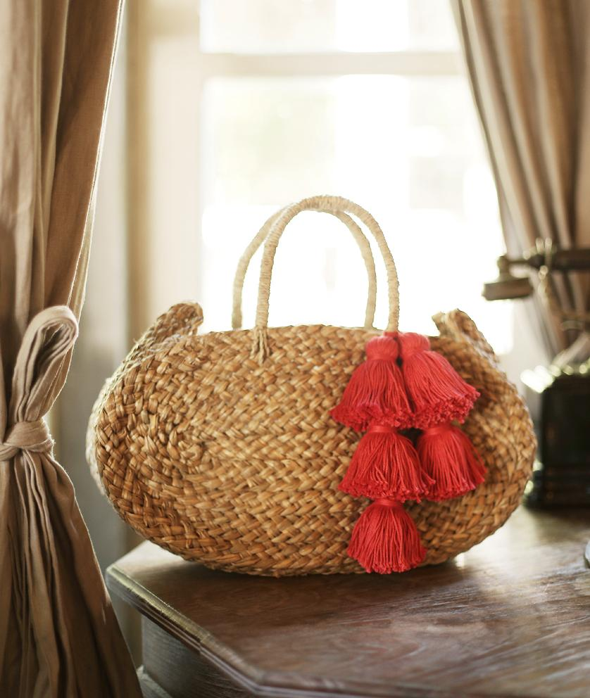 Oval Luna Straw Tote Bag - with Red Tassels