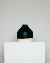 Load image into Gallery viewer, Geo Vessel in Matte Black