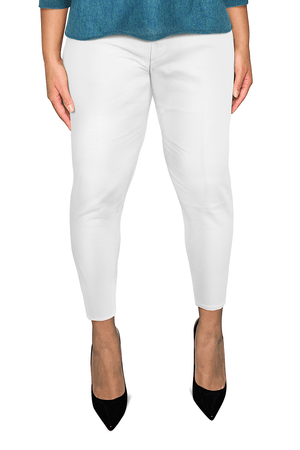 Ginger Threads Collections jeans White Cropped Mid-Rise Jeans