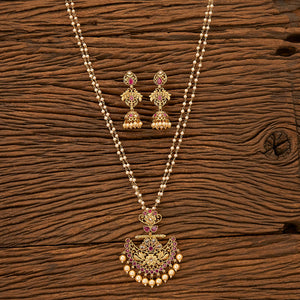 Antique Delicate Pendant set with gold plating