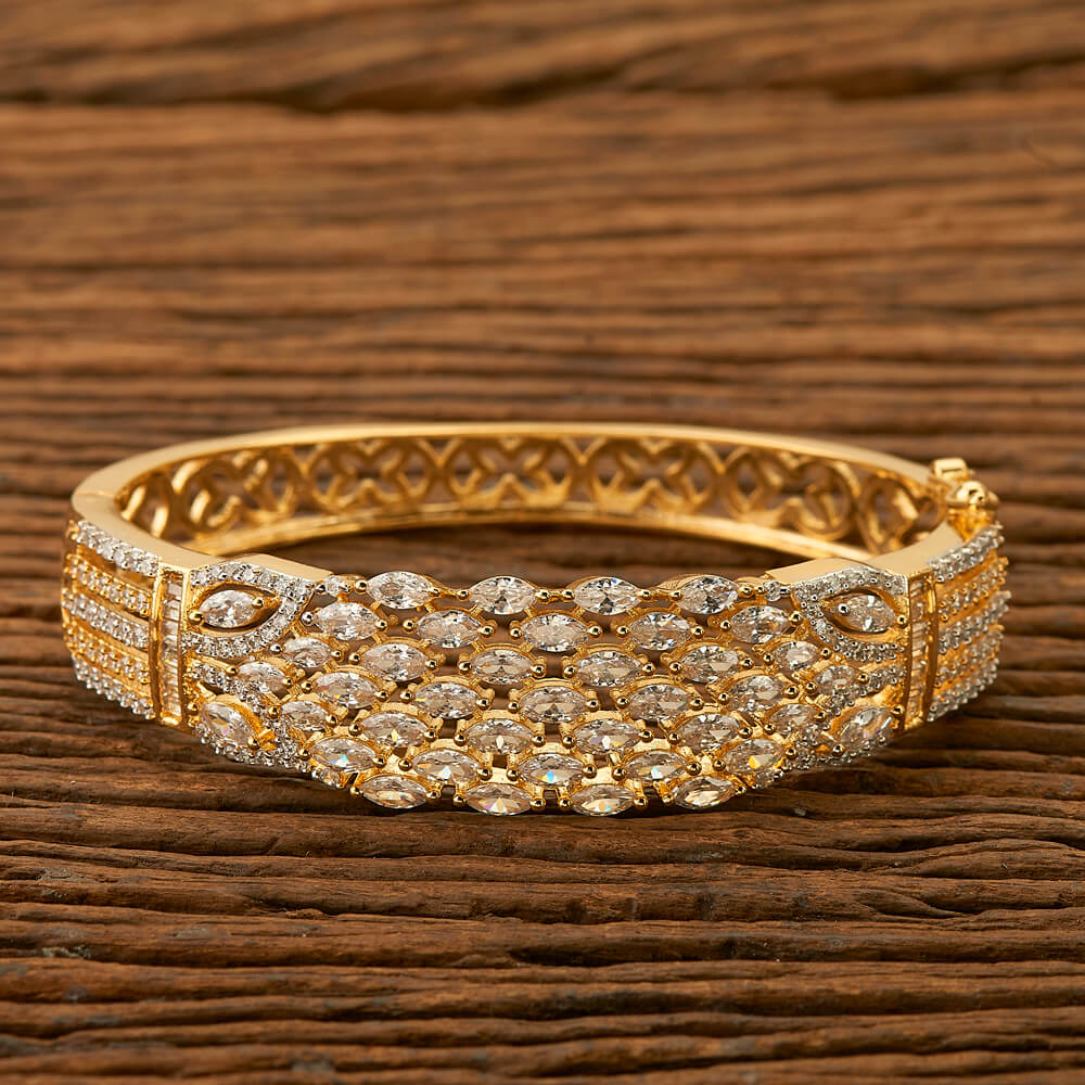 Cubic zirconia bracelet with gold plating