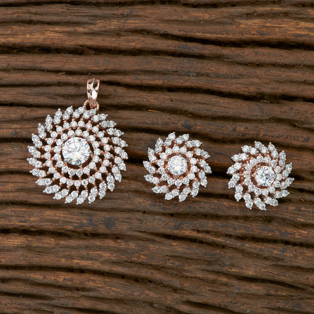 Cubic zirconia Pendant set with Rose Gold plating