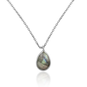 925 Silver Pendant Set In Pear Design With Labradorite Gemstone