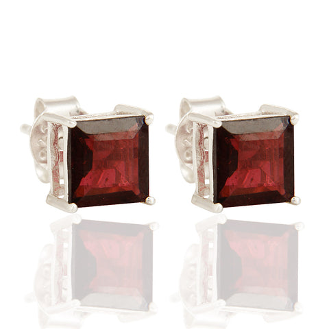 925 Silver Stud Earrings With Garnet Gemstone