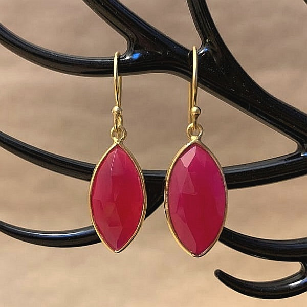 925 Silver Earrings In Candy Design With Pink Chalcedony Gemstone