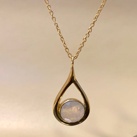 925 Silver Necklace In Dangle Drop Design with Moonstone Gemstone