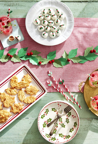Add our Holiday Scents to this Tablescape