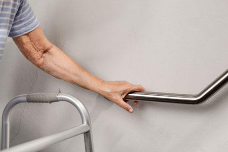 What to do if elderly person falls