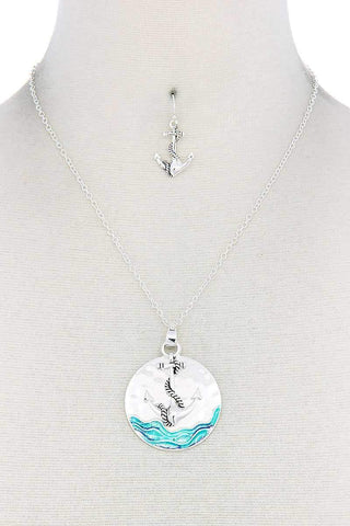 Anchor Round Pendant Necklace - Wild Within®