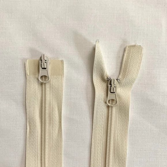 Two Way Separating Zipper - Light Weight #3 Nylon Coil 76cm (30