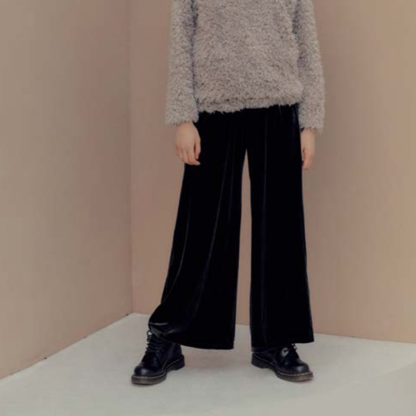 Hidden Forest Market - Velvet Wide Leg Pants Black