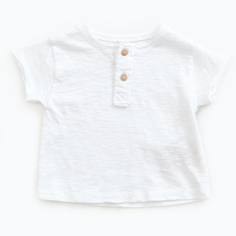 T-shirt in organic cotton with buttons