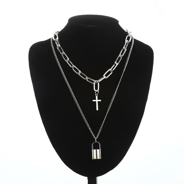 Croix Necklace