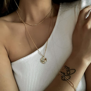 everyday minimal dainty jewelry gold vermeil dalhaejewelry timeless style capsule wardrobe staple minimalist fashion staple link chain bracelet @taraleighrose