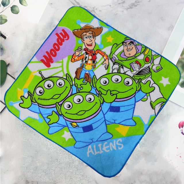 Disney children's towel Handkerchief small square embroidery Mary cat cartoon Stitch cotton face towel soft absorbent towels