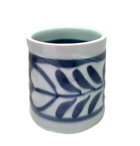 Heritage Vines Teacup