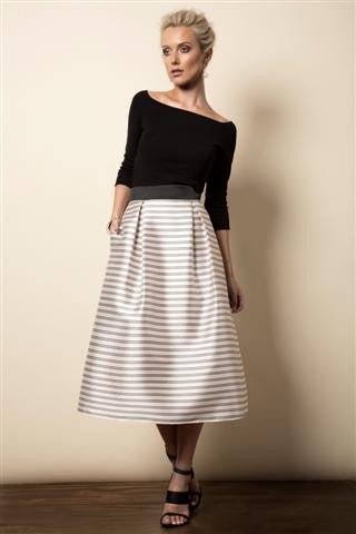Stripe skirt with pockets