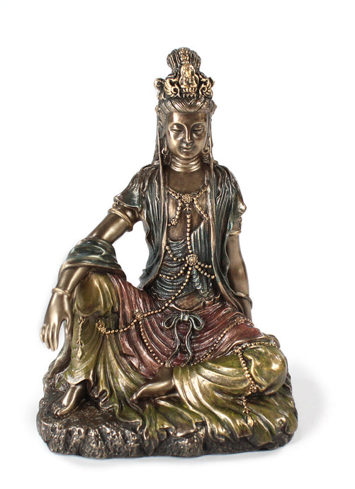 Royal Ease Kannon Statue