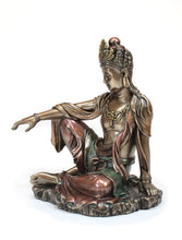 Load image into Gallery viewer, Watermoon Kuanyin Statue
